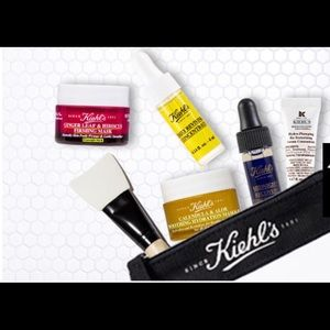 Kiehl's clear cosmetic/toiletry case